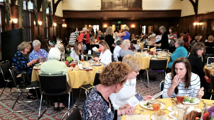 2016 Luncheon and Style Show Pictures