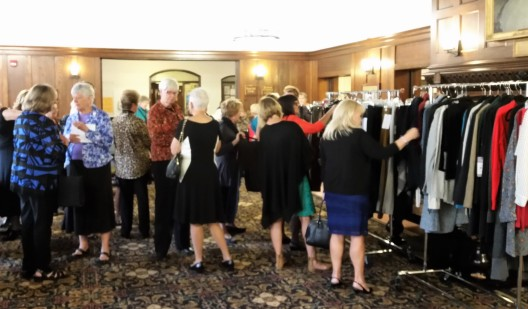 wc-style-show-luncheon-oct-25-2016-cabi-display-1