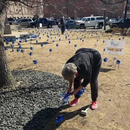 WCCS Plants 500 Pinwheels at City Hall